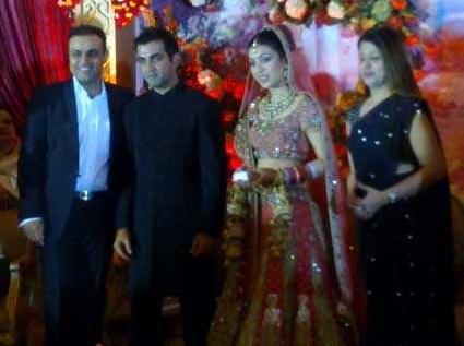 Picture of Gautum Gambhir, Natasha Gambhir, Virendra Sehwag and Wife Arti