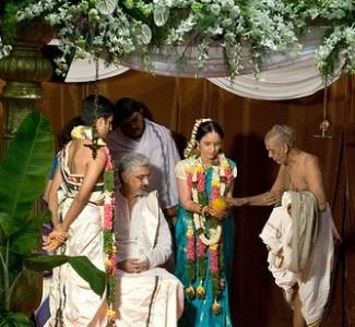 8 Types of Hindu Marriages According to Manusmriti