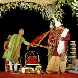 Hindu Wedding Saptapadi (Seven Steps, Seven Pheras, Saat Phera, Saat Vachan, Seven Vows, Mangal Pheras)
