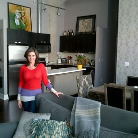 Photo of Lisa Ray at her house in Toronto, Canada. Lisa Ray is in her kitchen.
