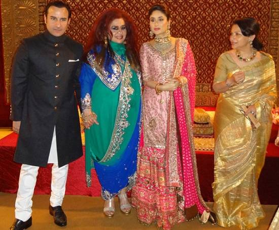 Picture of Kareena Kapoor, Saif Ali Khan, Sharmila Tagore at the Delhi Wedding Reception on 18 Oct