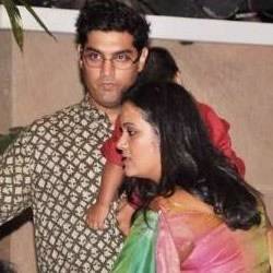 Sidharth Roy Kapoor's brother Kunaal Roy Kapur with wife Shayonti and son at the Wedding Sangeet ceremony.