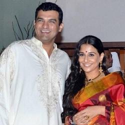 Happy looking Vidya Balan and Siddharth Kapoor at their wedding Sangeet on 11 Dec, 2012.