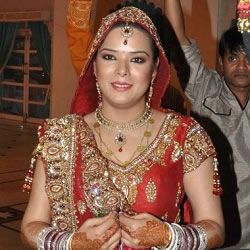 Udita Goswami in her Bridal Dress, arriving for the Jaimala ceremony with Mohit Suri.