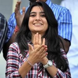Cheteshwar Pujara's Wife, Pooja cheering him at the stadium.