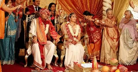 Hasta Melap is a Gujarati Wedding ceremony where the bride and groom are tied together.