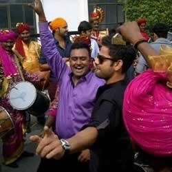 Virat Kholi dancing at Shikar Dhawan's Wedding, along with Shikhar's Delhi cricket team mates.