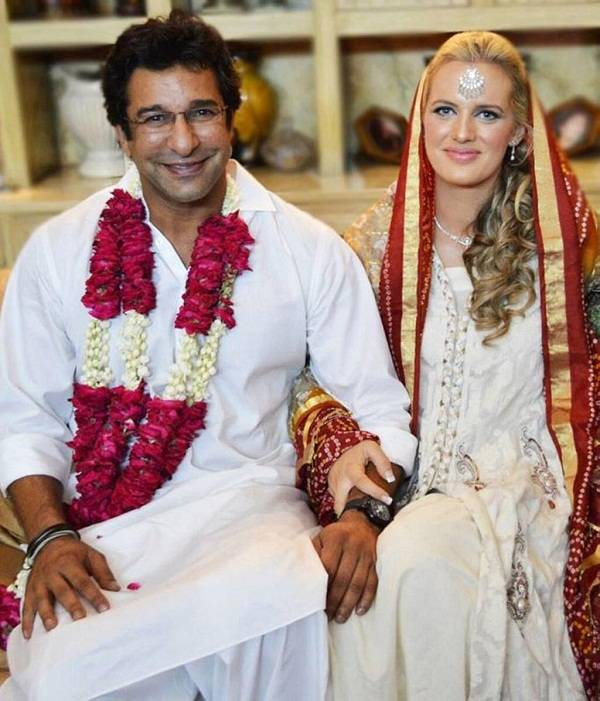 Picture of Wasim Akram Wedding (Nikkah) to Shaniera Thompson.