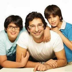 Pakistani bowler Wasim Akram with sons Taimur (left) and Akbar Akram (right).