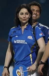 Photo of Sachin Tendulkar and his wife, Anjali Tendulkar at IPL.