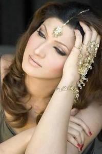 Maang Tika is an Indian Wedding Jewelry worn in the hair.