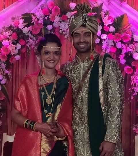 Wedding Photo of Ajinkya Rahane and his wife, Radhika