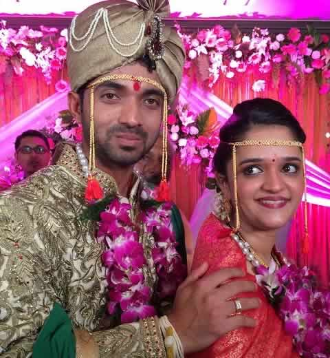 Marriage Photo of Ajinkya Rahane with his Wife, Radhika