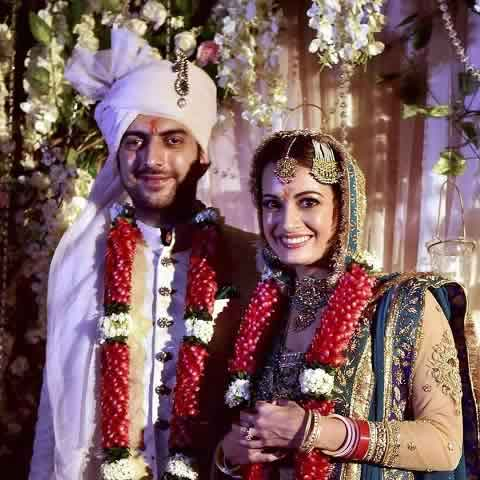 Wedding Photo of Dia Mirza and her husband, Sahil Sangha