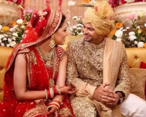 Wedding Picture of Suresh Raina and His Wife, Priyanka