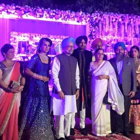 Ex PM and VIP Guests at Harbhajan Singh's Marriage Reception