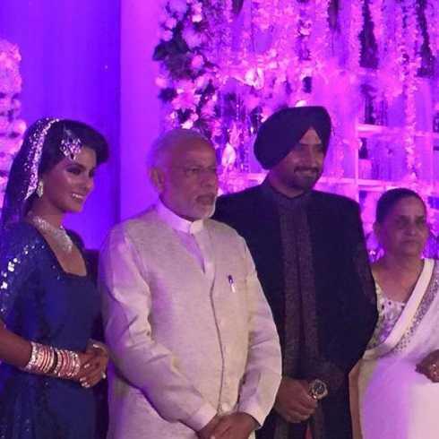Photo of PM Modi at Harbhajan Singh's Wedding Reception