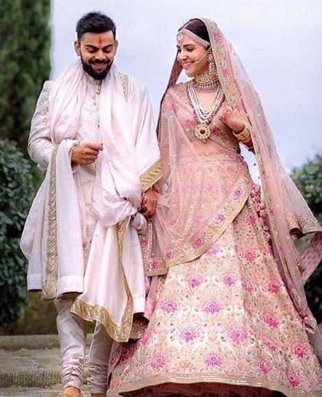 Anushka Sharma and Virat Kholi Marriage Picture.